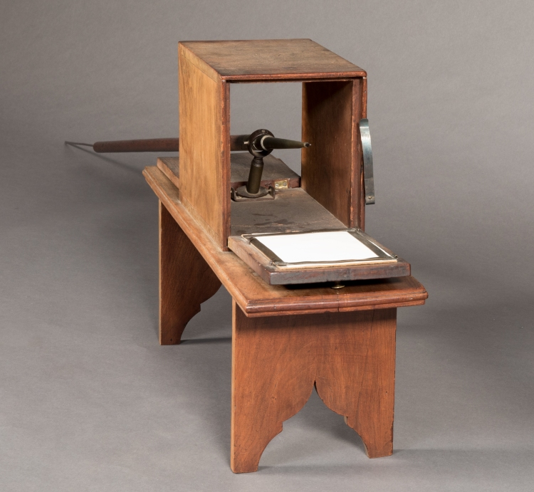 John Vogler. Physiognotrace or Silhouette Machine. 1810. Cherry, walnut, brass, iron, tin. Old Salem Museums & Gardens, Wachovia Historical Society Collection. Acc. M-6. https://www.oldsalem.org/